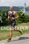 Jordan Rapp extends lead on run at the 2012 Ironman…