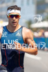 Vicent Luis during the run portion of the 2016 Rio…
